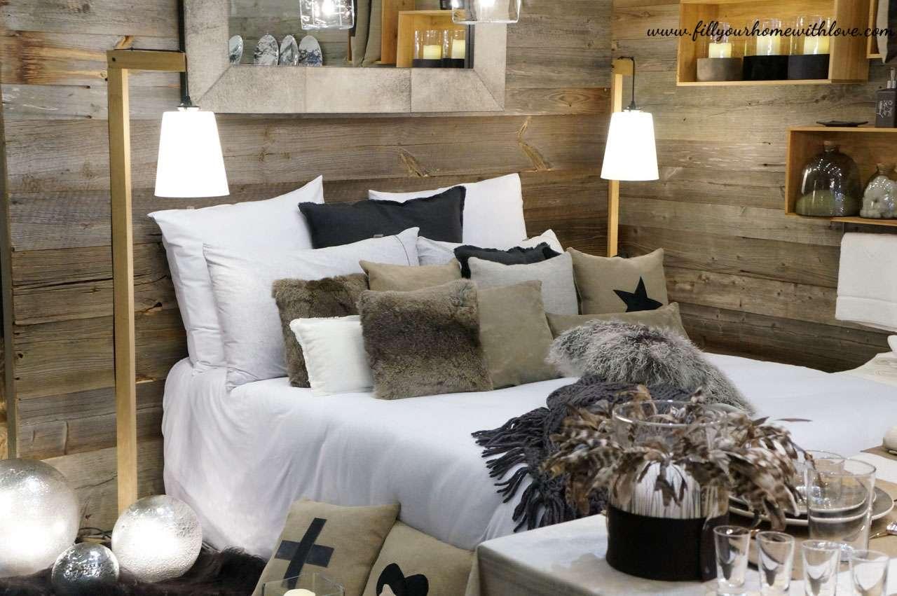 Letto, Lenzuoli, cuscini, cuscini in pelliccia, camera da letto