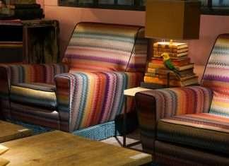 vintage armchairs, versmissen