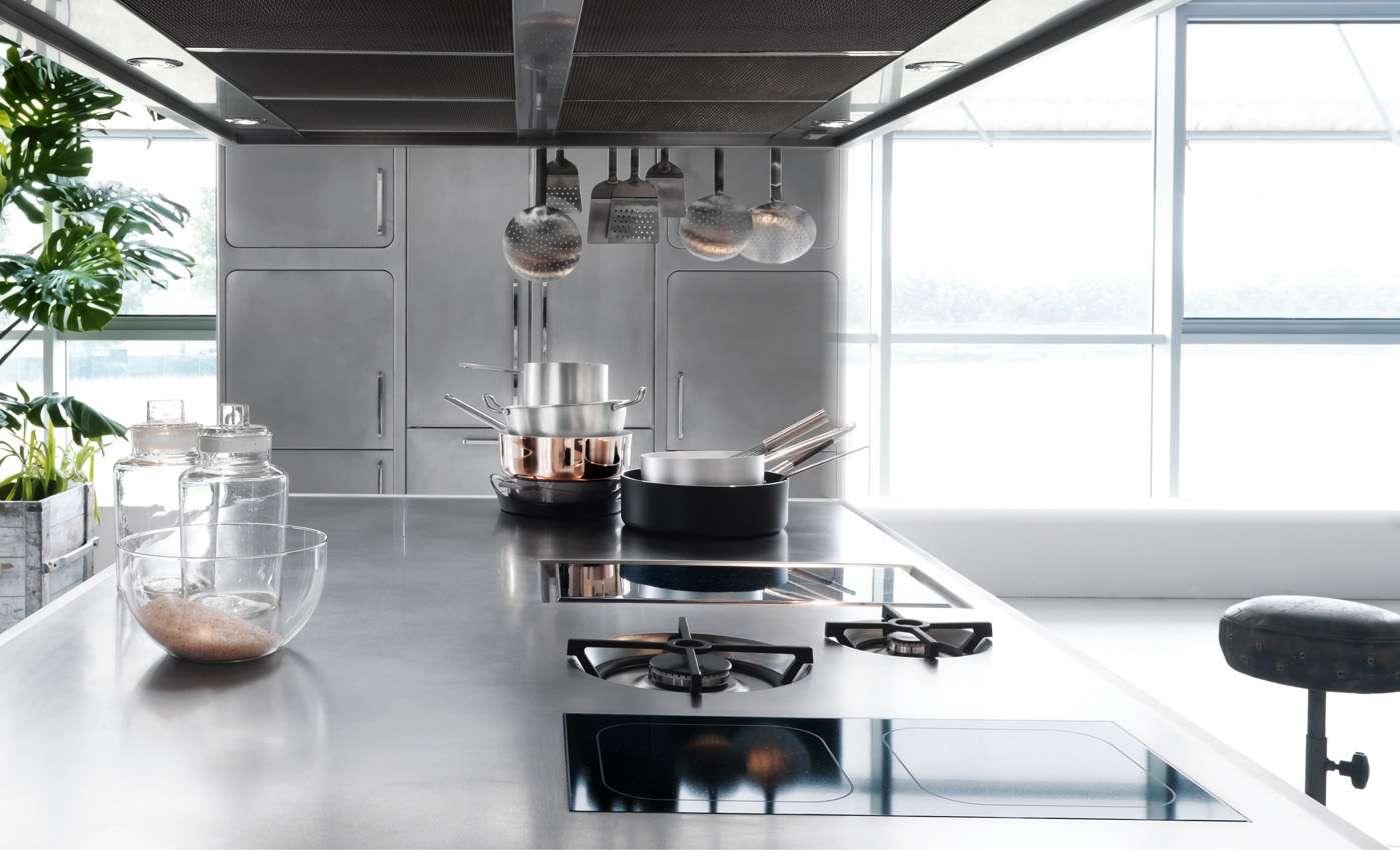 cucina abimis: l'acciaio in cucina.