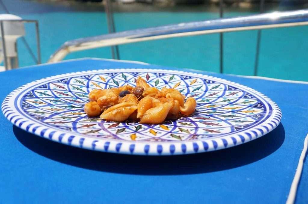 mare, pranzo a bordo,caicco, lampedusa