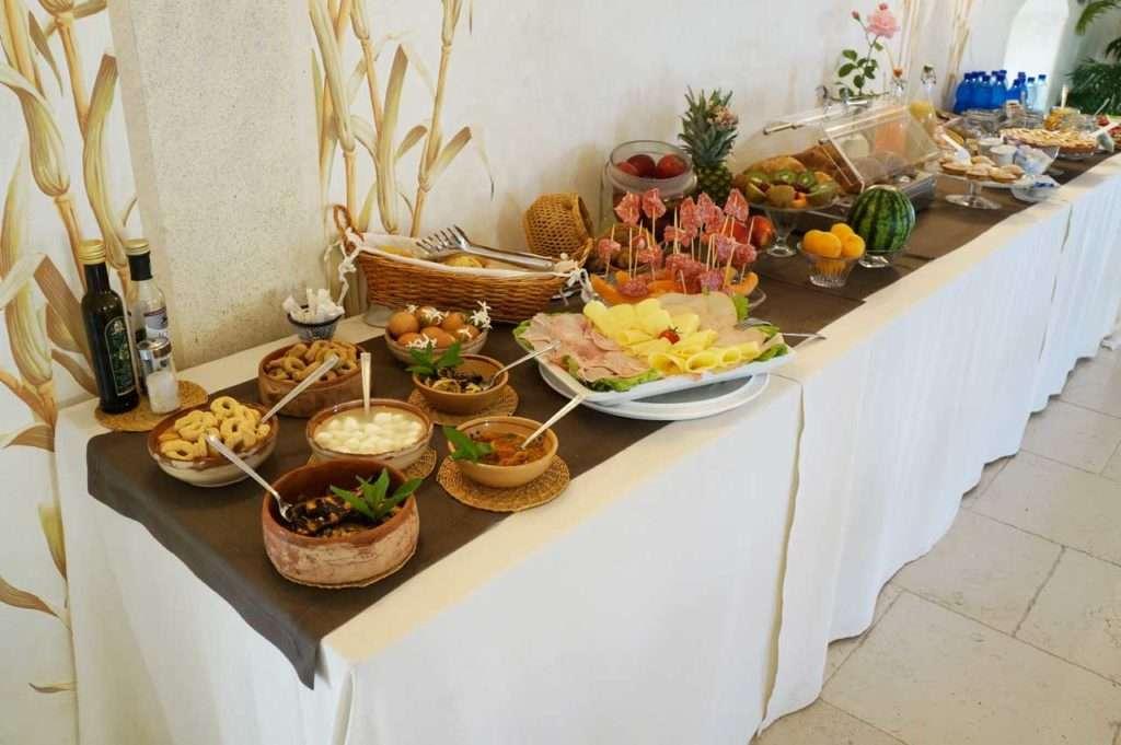 hotel-gallipoli-palazzo-zacheo-colazione