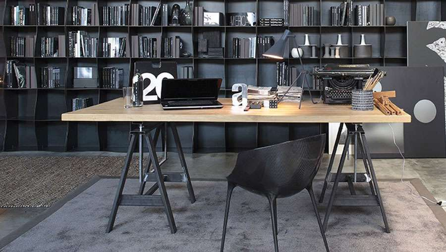 Industrial style - round or rectangular table