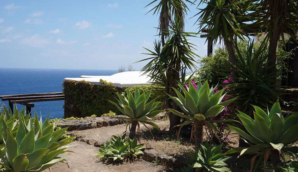 pantelleria, club levante, fillyourhomewithlove