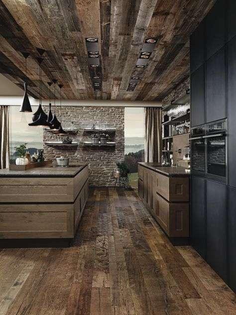 cucina di montagna in legno