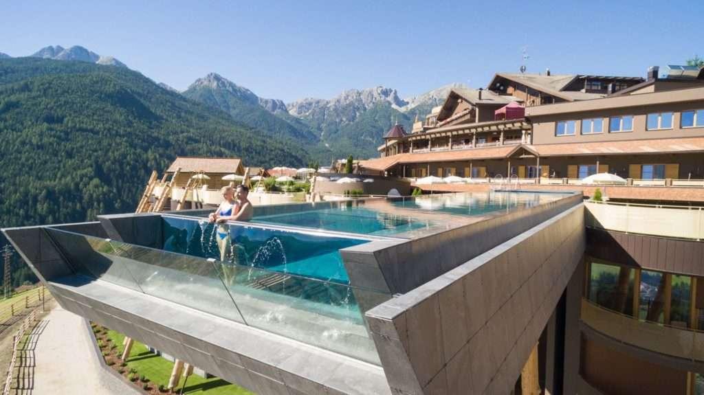 hotel natura piscina hubertus