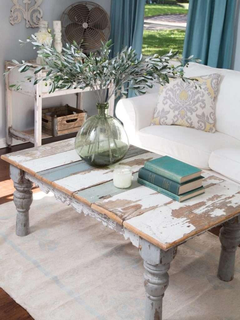 Arredamento stile shabby chic per soggiorno for Arredamento in stile shabby chic