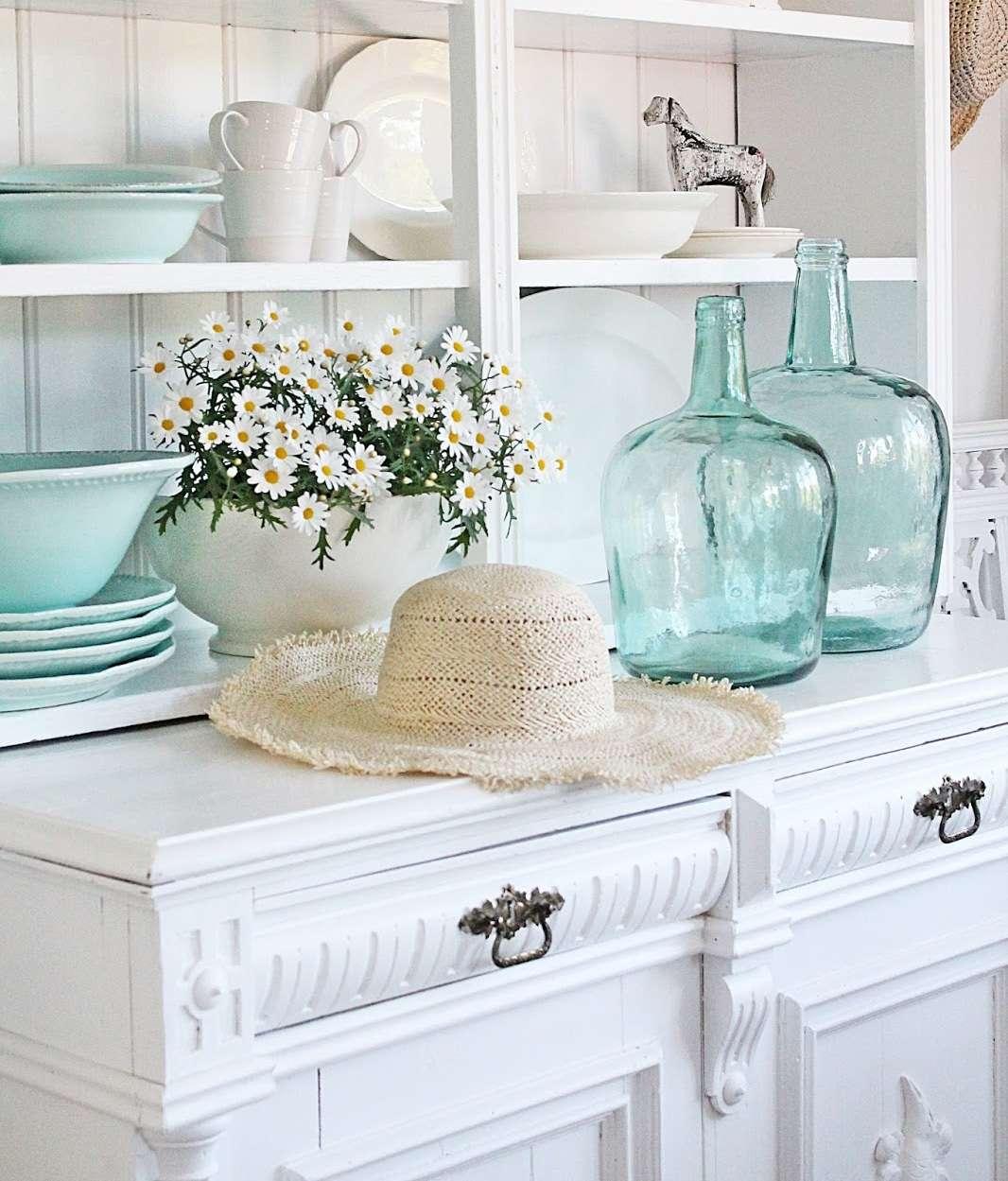 Arredamento stile shabby chic per soggiorno for Arredamento soggiorno stile provenzale