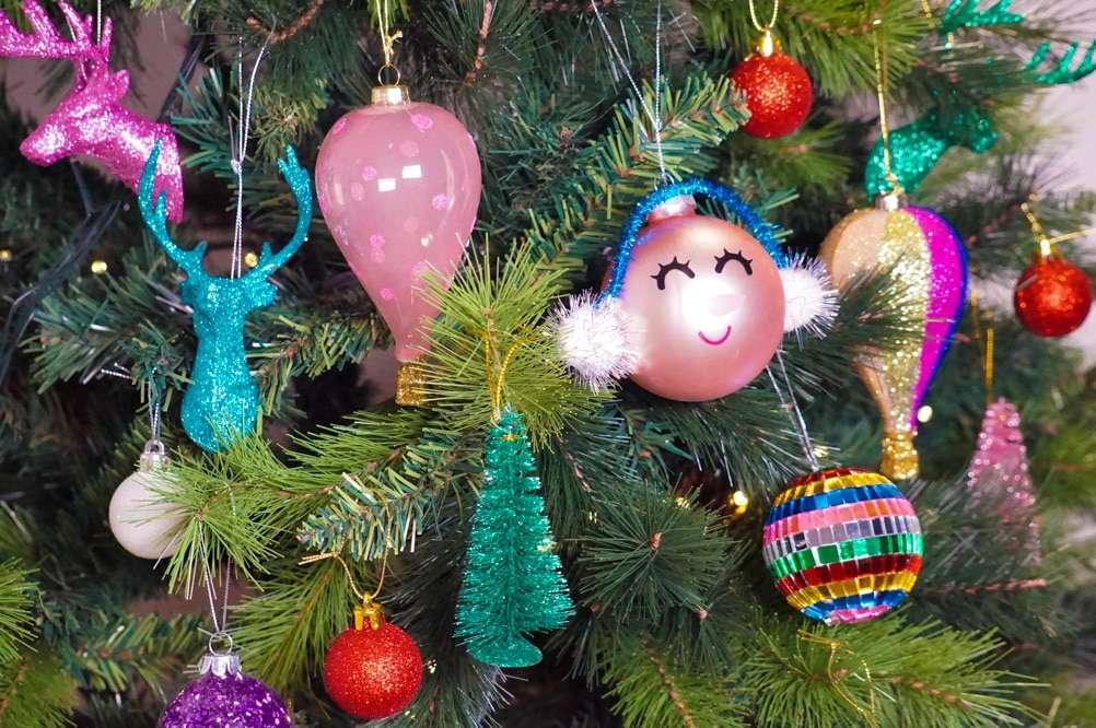 Immagini Glitterate Di Natale.Palline Di Natale Glitterate Per Questo 2017
