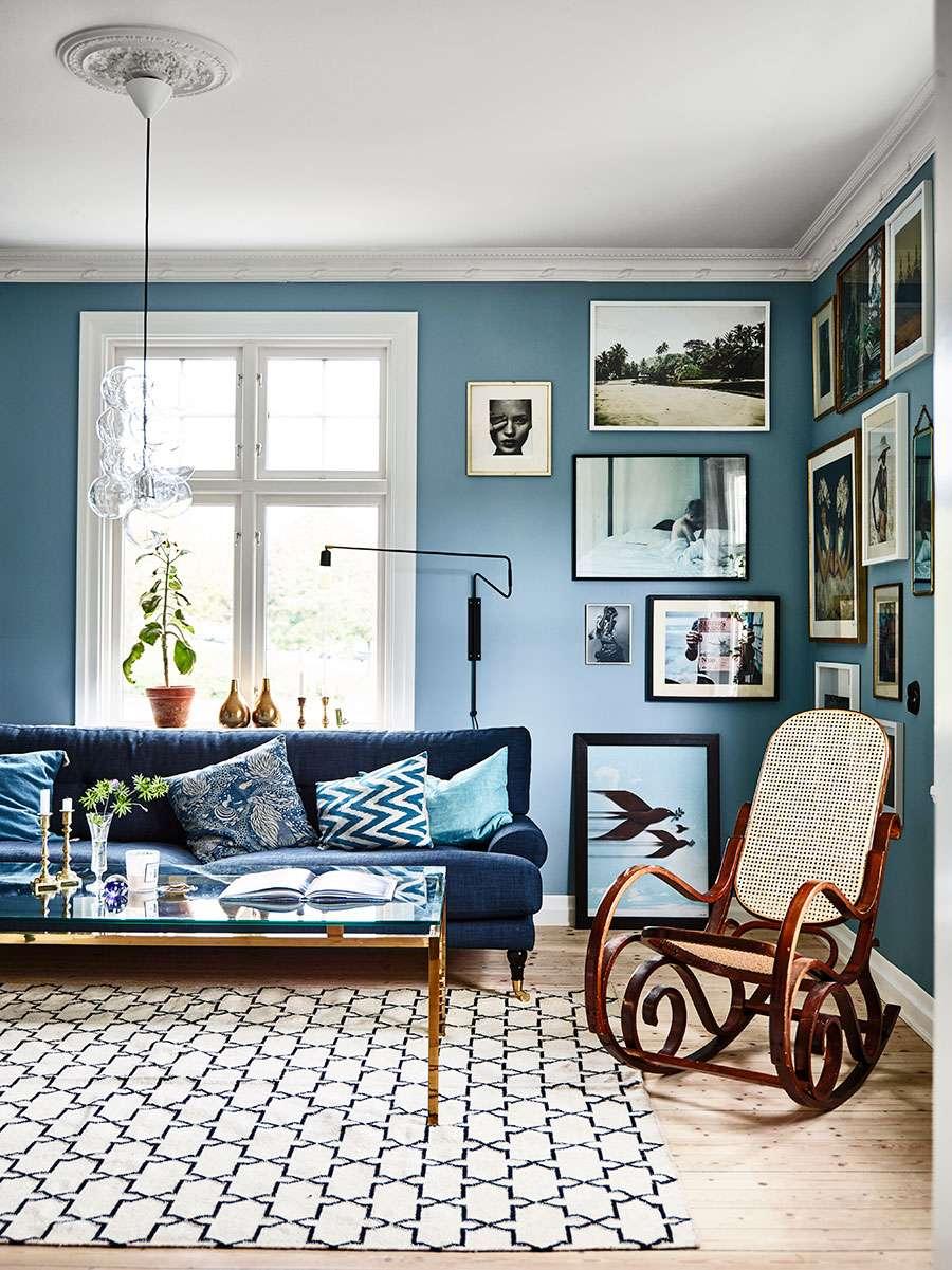 soggiorno azzurro pareti
