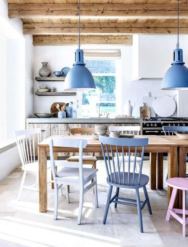 soggiorno azzurro semplice