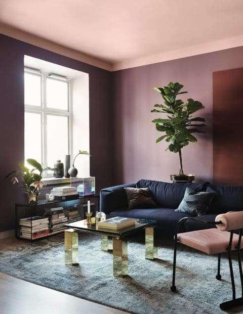 Colori pareti soggiorno: tinta unita opaca rosa ...
