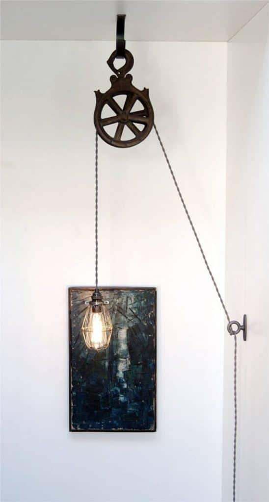lampadario vintage con carrucola