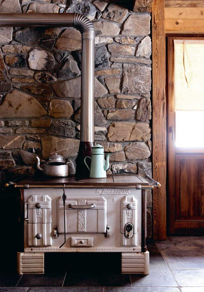 cucina country con stufa