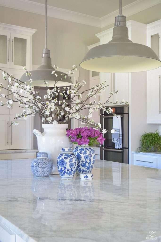 cucine bianche con piano di marmo