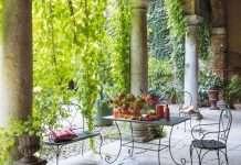 mobili da giardino in ferro classici