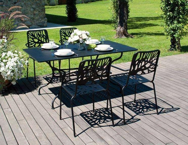 mobili da giardino in ferro