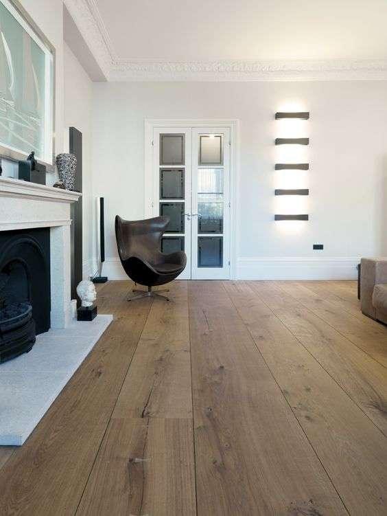 design per la casa con i pavimenti in legno