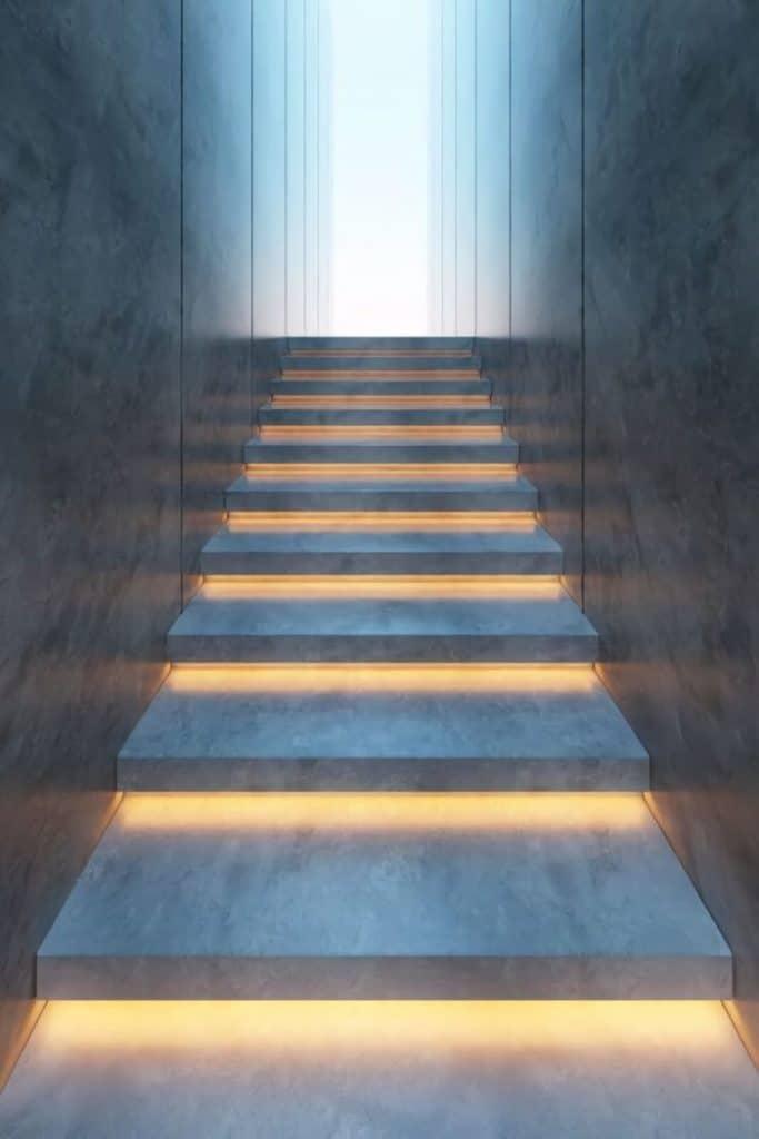 scale illuminate a led