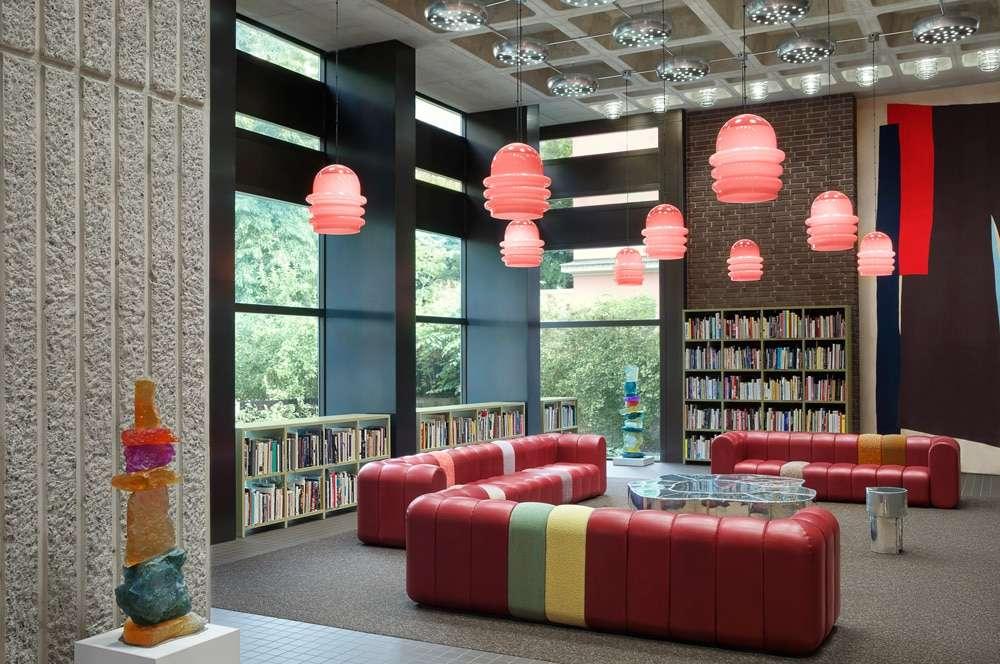 acne studios interni libreria