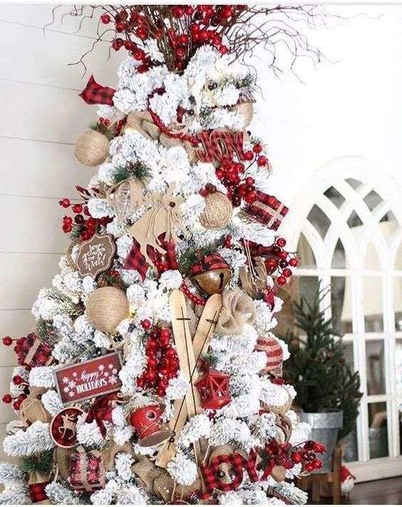 decorazioni natalizie albero rosso e bianco