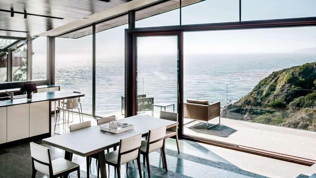 Fall House a Big Sur in California
