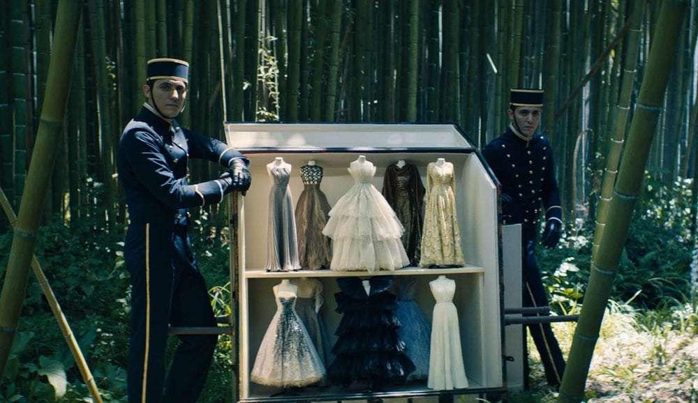 Un-frame-del-film-Dior-by-Matteo-Garrone