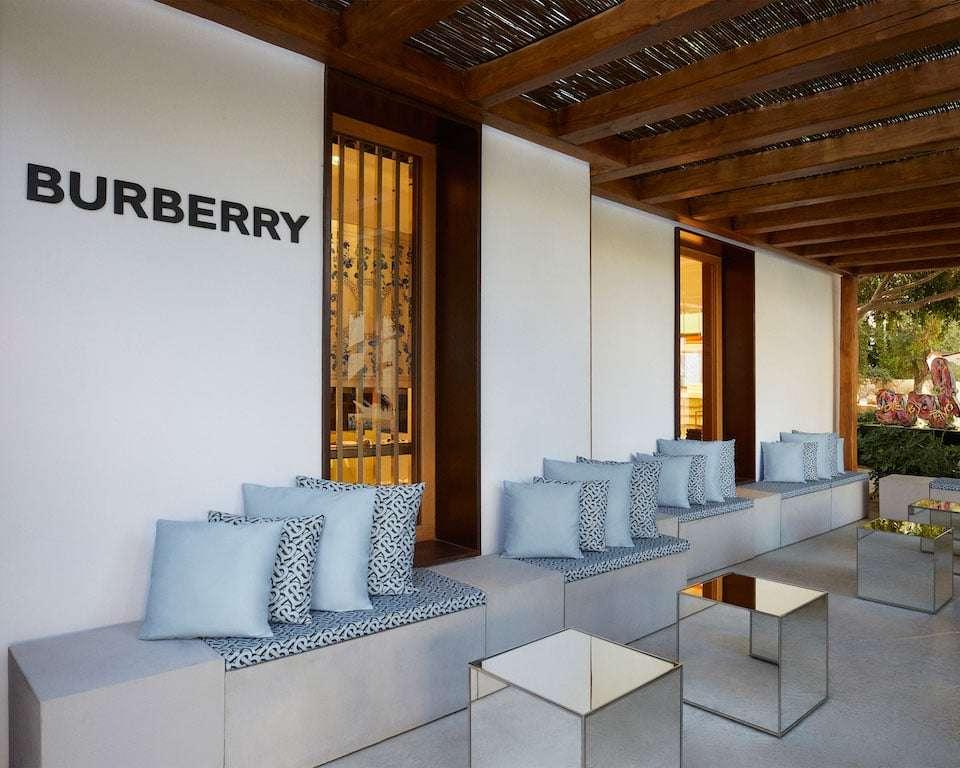 burberry pop up store