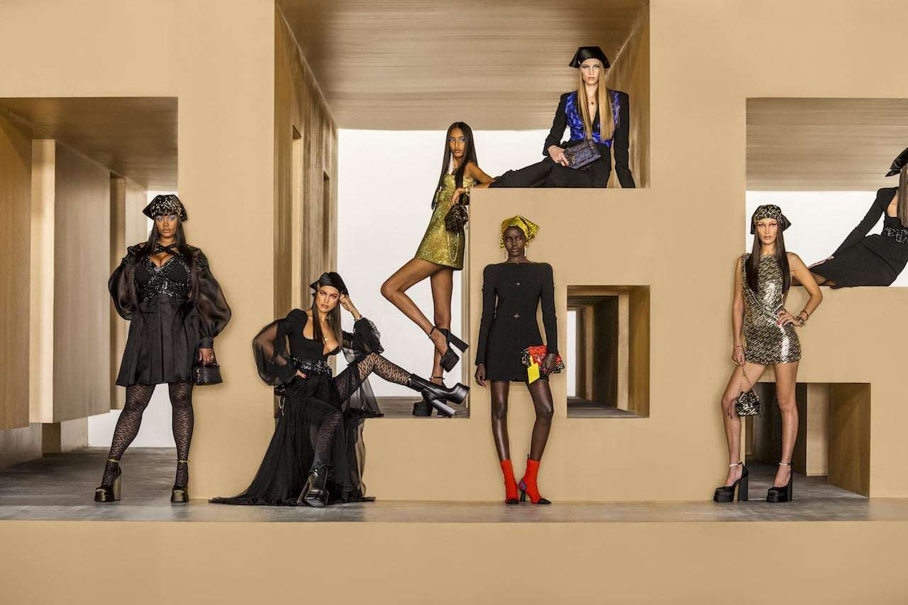 thumbnail_Versace_FW21_Special Shooting. Versace Home
