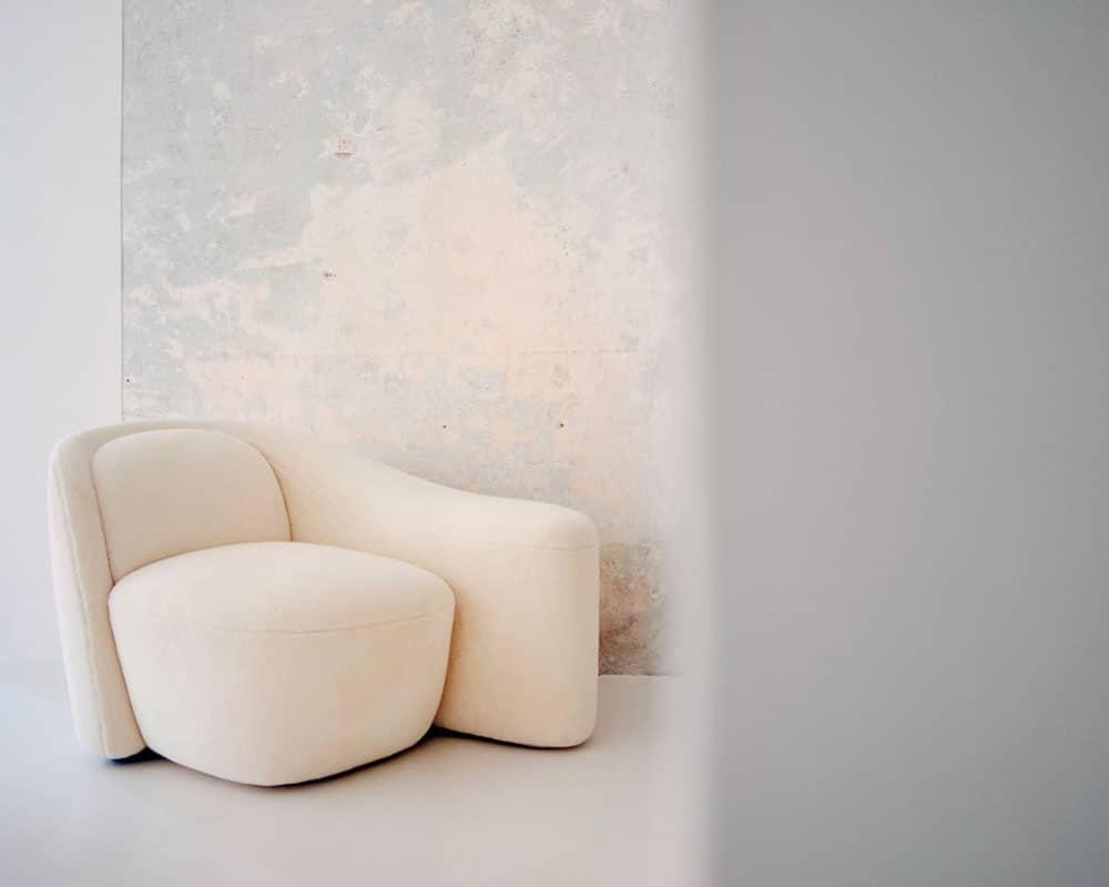 2_Loro-Piana-Interiors_The-Palm-Duet-Chaise-Longue-(1)