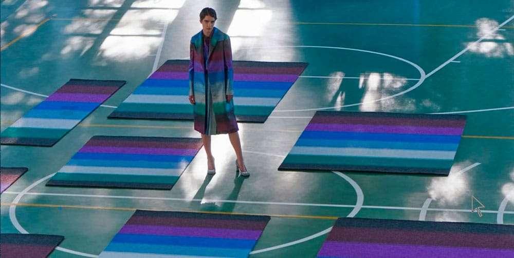 I-tappeti-in-lurex-di-Marco-De-Vincenzo-x-cc-tapis-per-far-brillare-la-casa3